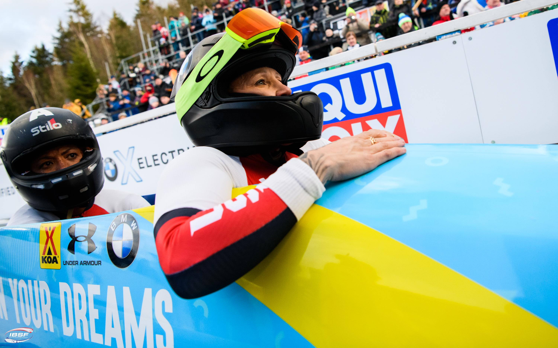 Hamprīsas ekipāžai uzvara bobslejā sievietēm Altenbergā