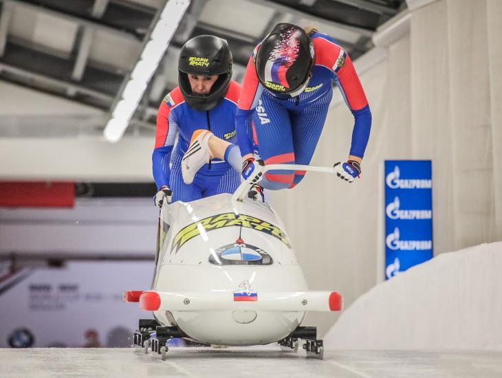 Siguldā sieviešu bobslejā triumfē Krievija, Rumānijai sensacionāli sudrabs